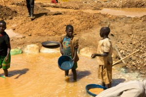 Conflict minerals: the dirtiest side of mining (photo courtesy of greenfudge.org)